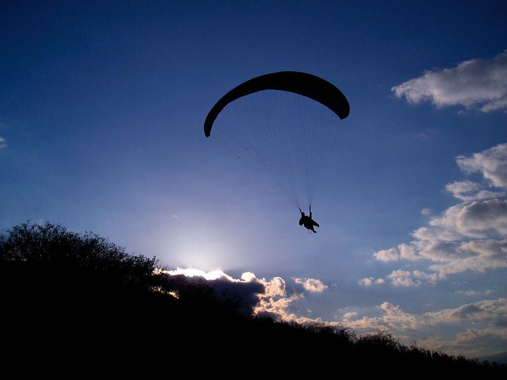 letecke-sporty-paragliding